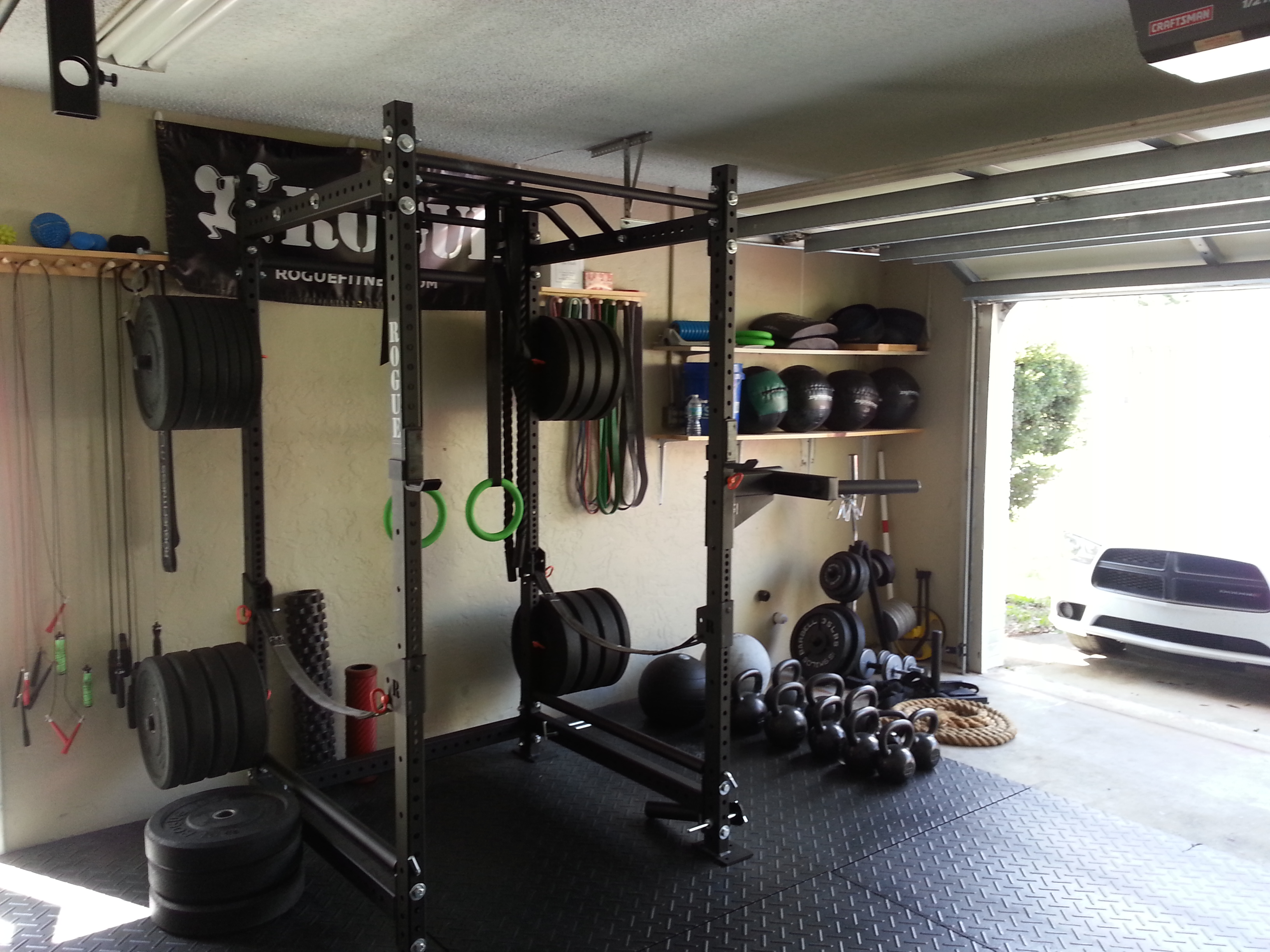 Building a garage gym zenfitt